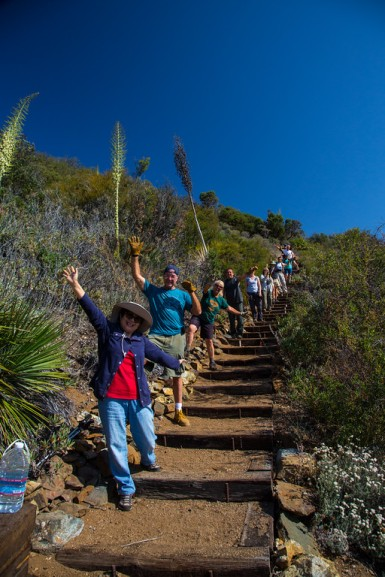 chc_dagger_stairs_group_natl_trails_day